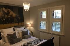 2-Single-windows-Bedroom-Peters-251016